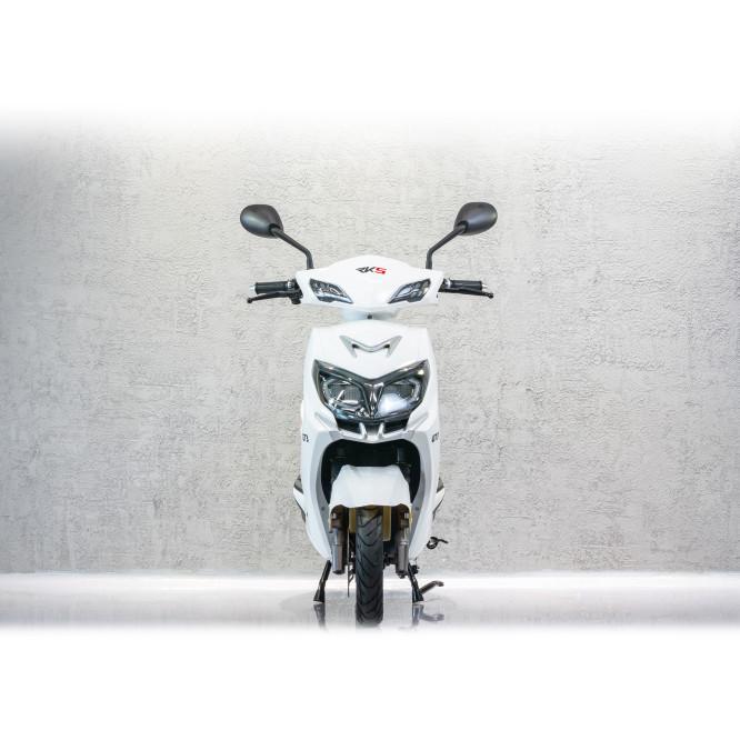 Scuter electric GT3